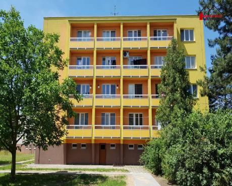 OV byt 3+1, zděný, po část. rekonstr., 2x  lodžie, 3.NP/5, 81,3 m2