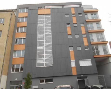 Nové ateliéry, 28 m2, s terasou 14-20 m2, ul. Petrohradská, Praha 10 - Vršovice