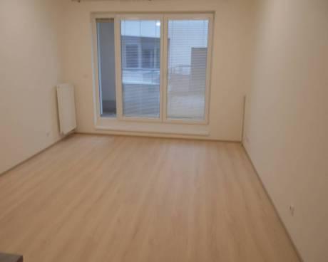 2x nové ateliéry, 28 m2, s terasou 13,5 - 19,5 m2, ul. Petrohradská, Praha 10 - Vršovice