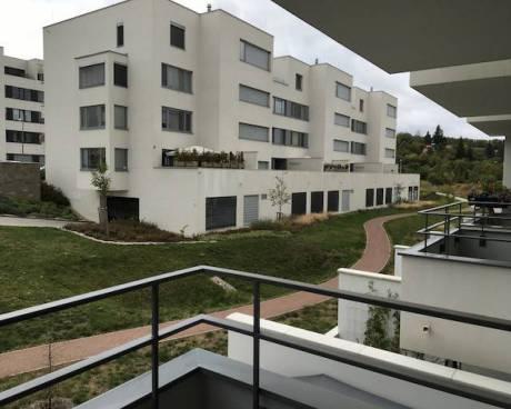 Pronájem bytu 2+kk s garážovým stáním a balkónem - novostavba