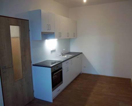 Pronájem bytu 2+kk Brno-Královo Pole, ul. Poděbradova, CP 41m2, po celkové rekonstrukci