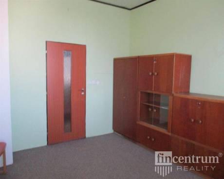 Pronájem kanceláře 18 m2 Velkomoravská, Hodonín