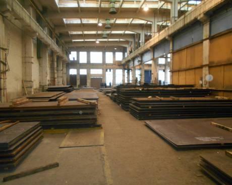 Část haly 500 nebo 800 m2, ul. Kolbenova, Praha 9 – Vysočany