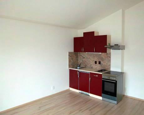 Pronájem bytu 2+kk Brno-Královo Pole, ul. Tyršova, CP 42m2, po rekonstrukci, nezařízený