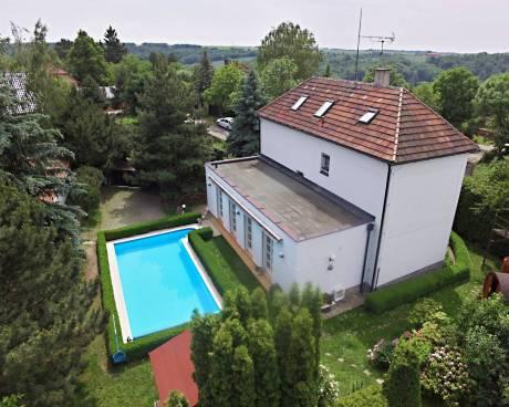 Prodej rodinného domu 271 m², pozemek 1 660 m² Chvatěruby-6