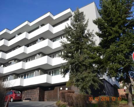 Byt 2+1, s terasou 12 m2, ul. Evropská, Praha 6 - Dejvice