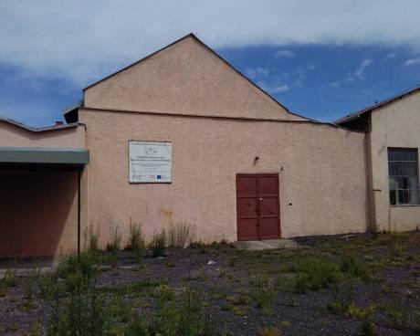 Pronájem haly pro výrobu či skladování v uzavřeném areálu 25 km od Liberce