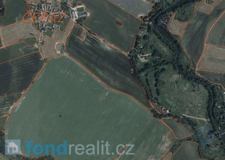 Prodej pozemku Čeraz