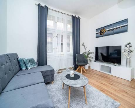 Luxusní plný zařízený byt 3+kk  na Jiřího z Poděbrad