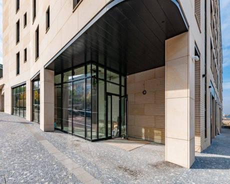 Obchodní prostor k pronájmu, 265 m2, v novostavbě Rezidence Churchill v ulici Italská, Vinohrady, Pr