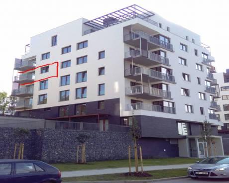 Pronájem bytu 2+kk/B s garážovým stáním a sklepní kójí v developerském projektu Zelené město 2