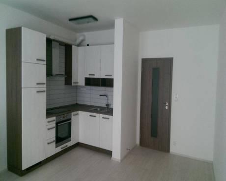 Nový byt 1+kk s balkonem, 40 m2, nám. Junkových, Praha 5 - Stodůlky