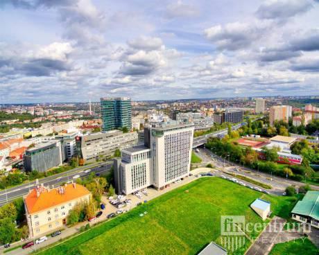 Pronájem kanceláře 1470 m2 Vyskočilova, Praha