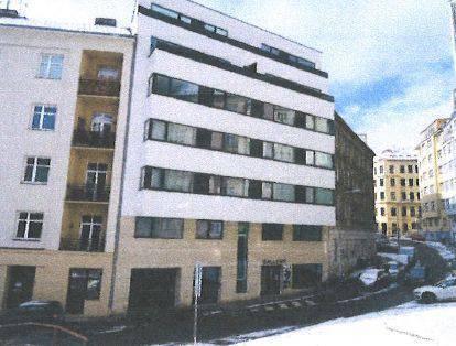 Dražba bytu 3+kk (102 m2) a podílu 1/6 na garáži s příslušenstvím, okr. Brno