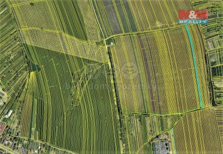 Prodej pole, 2367 m², Vracov