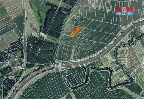 Prodej pole, 2608 m², Uherčice u Hustopečí