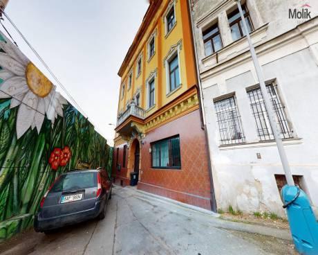 Nájemní dům , 1100 m² , Teplice, ul. Spojenecká