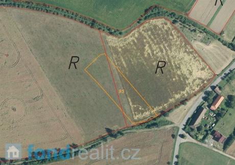 Prodej pozemku Lipovec