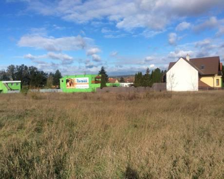 Prodej pozemku pro bydlení  4.988 m2, Ivančice - Němčice