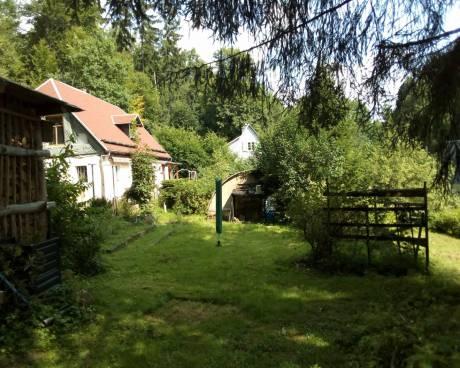 Dům s krásným pozemkem