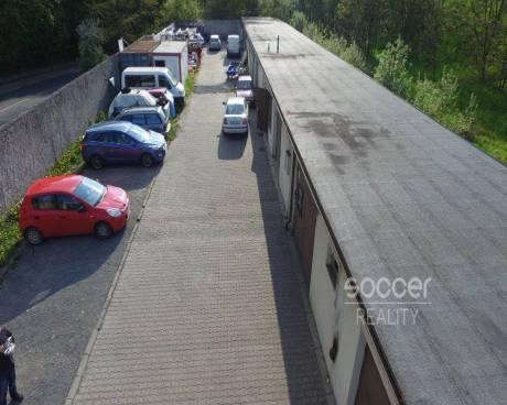 Pronájem nebytového prostoru 90 m2, v Praze 4 - Braník, ulice Vrbova.