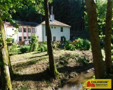 Pronájem, sklad, Vranov nad Dyjí, 832 m²