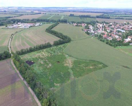 Pozemky k investici, k projektu podle Vašeho záměru, 2,5 ha v celku