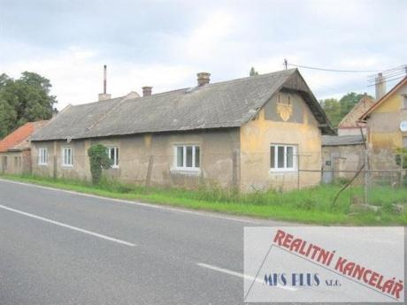 Prodej samostatného rodinného domku 3+1/G v obci Přítoky u Kutné Hory.