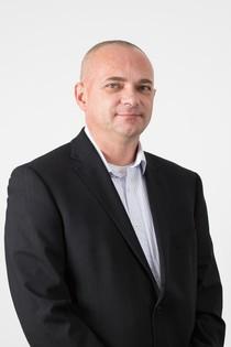 Jiří Šimek - Specialista pro realitní a hypot