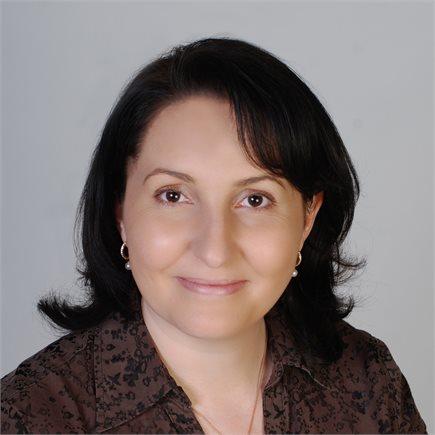 Petra Cavallaro