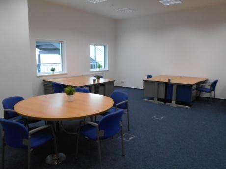 Pronájem kanceláří 17 - 200 m2, ul. Prusíkova, Velká Ohrada, Praha 5 - Stodůlky