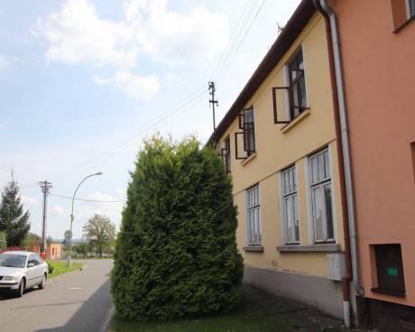 Prodej rodinného domu 300 m², pozemek 1 137 m²