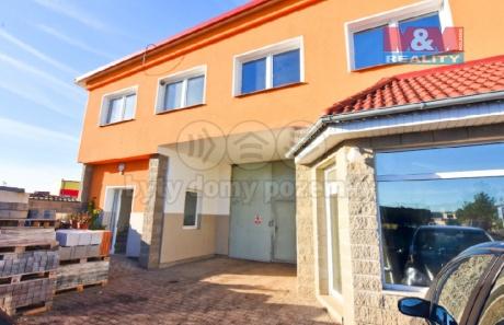 Pronájem kancelářského prostoru, 350 m², Veleň, ul. Hlavní