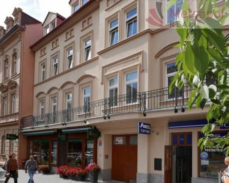 3+1/balkon + tech. míst., 120 m2 + sklep 50m2, 1.patro, K.Vary - ul. Moskevská (centrum)