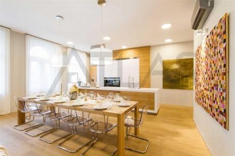 Pronájem bytu 6+kk 212 m2, Praha 1 - Josefov, Pařížská