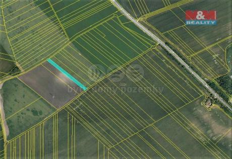 Prodej pole, 740 m², Slavkov u Brna